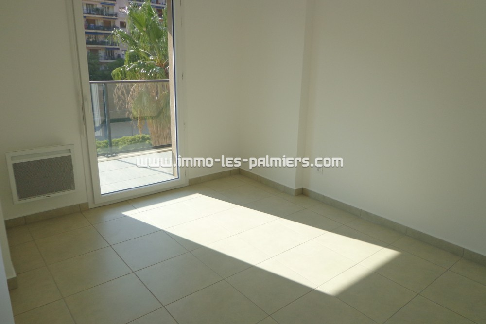 Image 5 : A 2 room apartment located ...