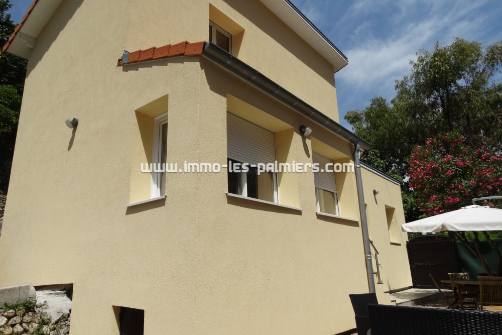 Image 5 : Detached house completely renovated with ...