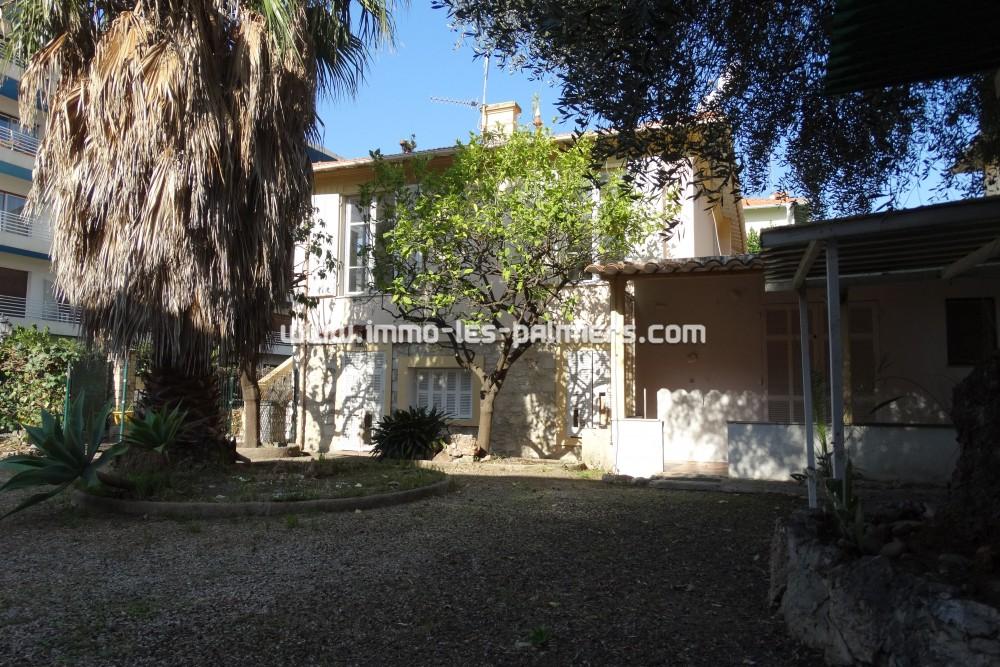 Image 5 : Villa unique et rare situ ...