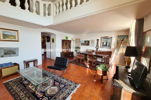 Image 1 : 4 room apartment in the old town of Menton