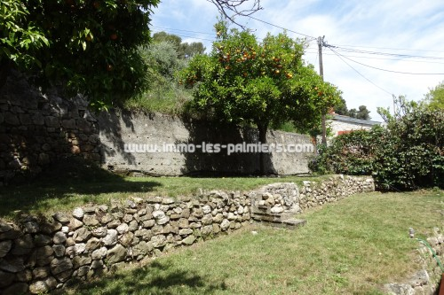 Image 1 : Detached house with terrace and garden located in Menton