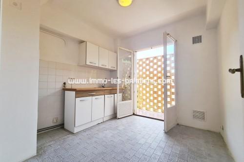 Image 3 : Menton, Borrigo valley, 2 Rooms empty in high floor with private parking