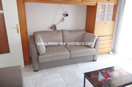 Image 2 : Petit studio meublé avec cuisine indépendante et terrasse au sud / ouest. Résidence de standing