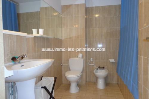 Image 5 : Petite résidence dans le quartier calme de Roquebrune cap martin. 2 pièces traversant meublé.
