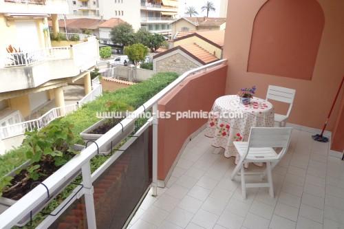 Image 6 : Piccola residenza nel tranquillo quartiere di Roquebrune. 2 camere che attraversano arredate.
