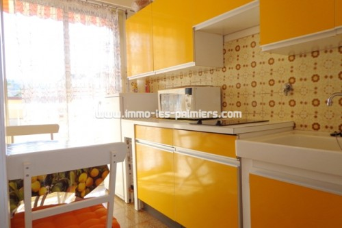 Image 3 : Small furnished studio with independent kitchen and terrace to the south/west. Luxury residence