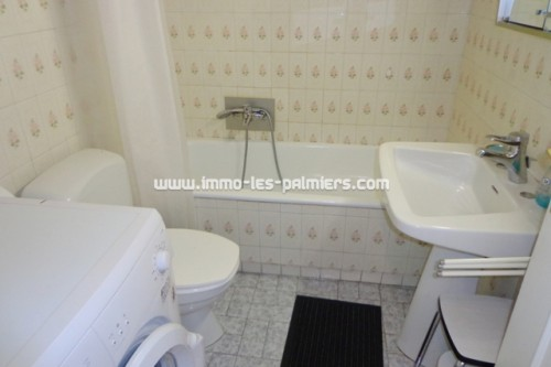 Image 5 : Small furnished studio with independent kitchen and terrace to the south/west. Luxury residence