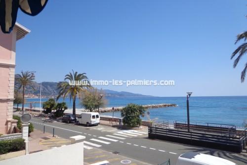 Image 6 : Studio meublé face à la mer et les plages à Roquebrune cap martin. Idéal personne seule.