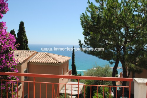 Image 2 : Villa apartment in private domain with swimming pool located in Menton