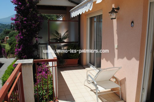 Image 3 : Villa apartment in private domain with swimming pool located in Menton