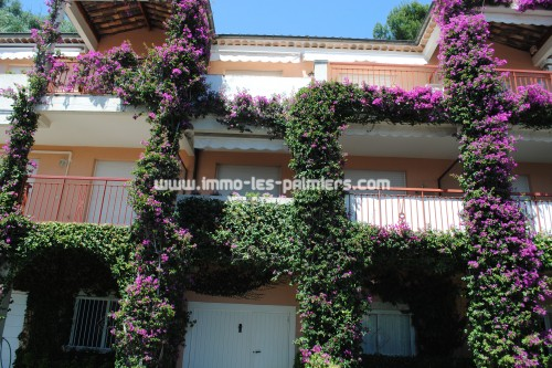 Image 5 : Villa apartment in private domain with swimming pool located in Menton