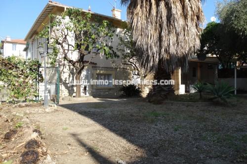Image 2 : Villa de 180m² située à Roquebrune Cap Martin quartier Banastron